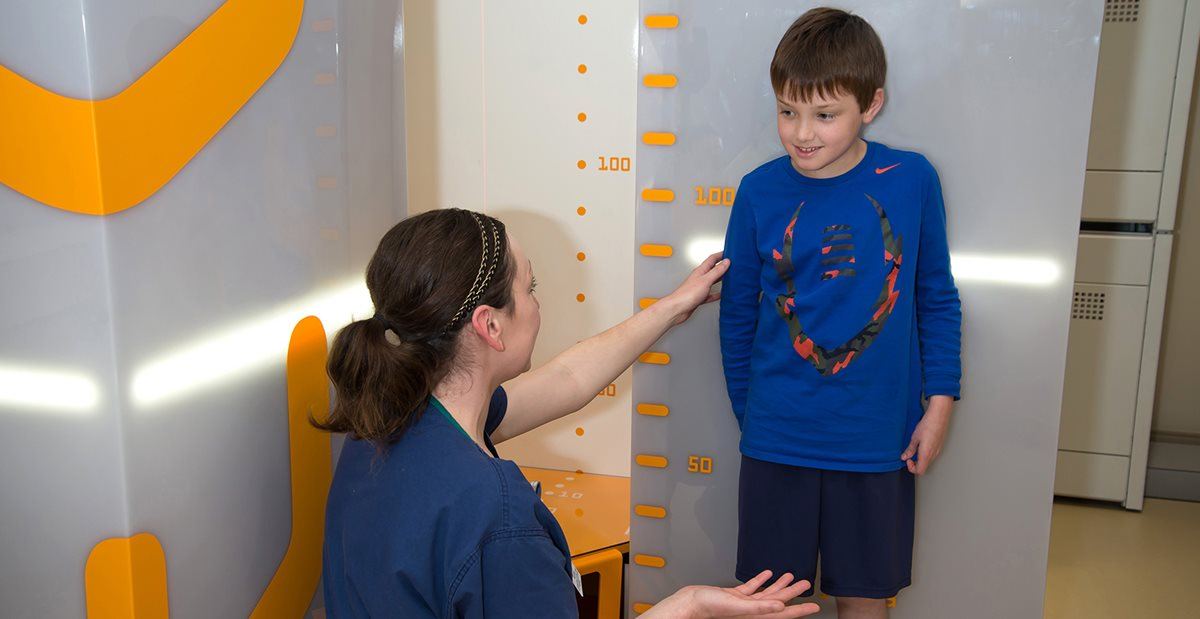 Patient at Texas Scottish Rite Hospital for Children goes in for a spine scan for scoliosis