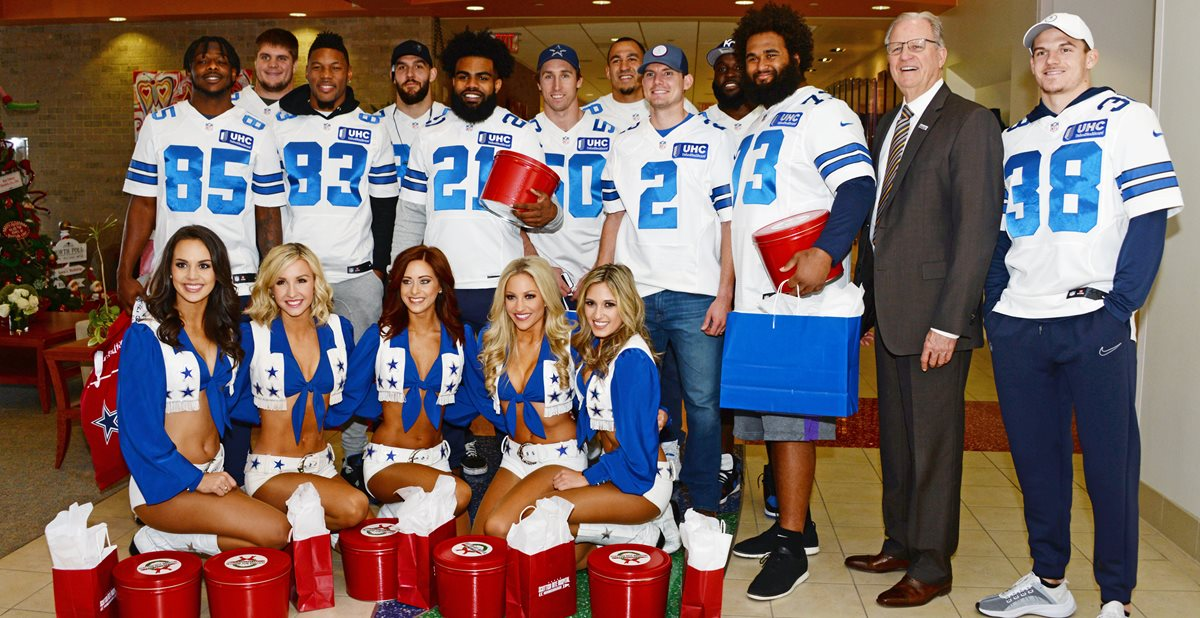 Dallas Cowboys visit Scottish Rite Hospital